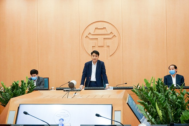 Chủ tịch UBND TP Hà Nội Nguyễn Đức Chung phát biểu chỉ đạo tại phiên họp