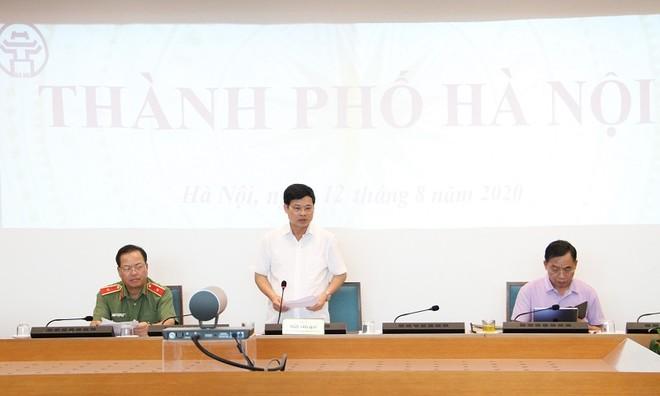 Phó Chủ tịch UBND TP Ngô Văn Quý phát biểu tại đầu cầu Hà Nội