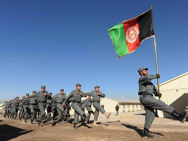 Binh lính Afghanistan chính thức tiếp quản nhiệm vụ đảm bảo an ninh