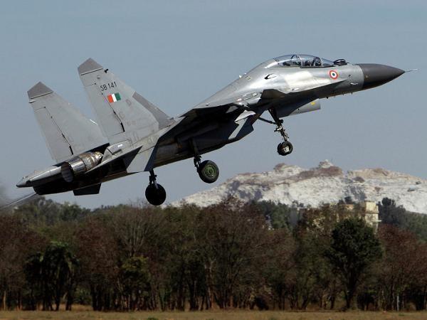 Ấn Độ sẽ mua Su-30 của Nga thay thế Rafale của Pháp ảnh 1