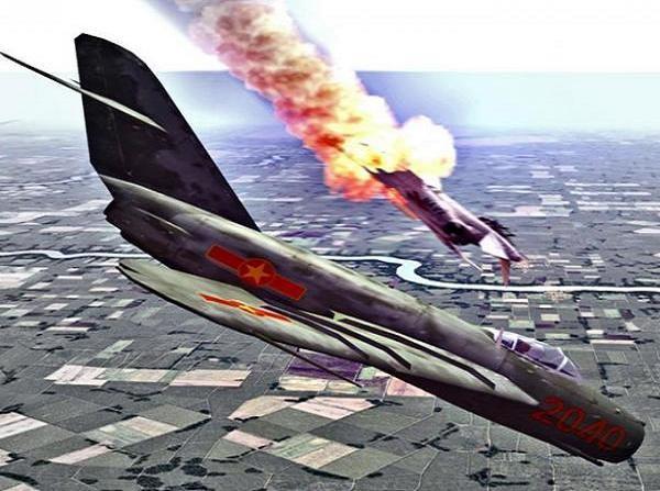 MiG-21 thời kỳ đầu chỉ được trang bị 2 quả tên lửa không đối không, ít hơn từ 2-4 lần so với các loại máy bay Mỹ