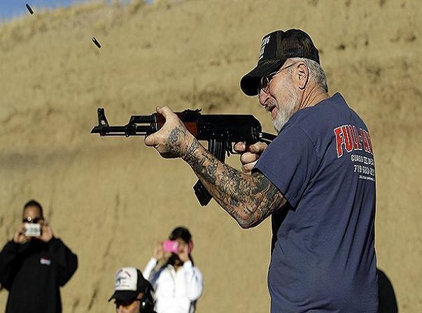 Súng trường AK-47 của Nga được đông đảo dân chúng Mỹ ưa chuộng