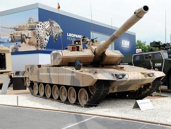 Xe tăng chiến đấu chủ lực Leopard 2 của Đức