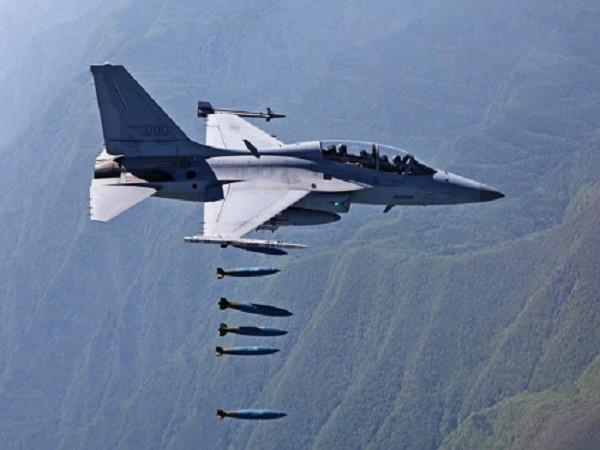 Hàn Quốc diễn tập quy mô lớn có sự tham gia của máy bay FA-50 ảnh 1