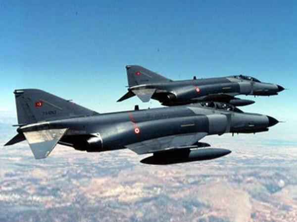 Máy bay trinh sát RF-4E của Thổ Nhĩ Kỳ