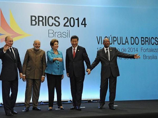 Các nhà lãnh đạo BRICS tham dự hội nghị thượng đỉnh 2014 tại Brazil