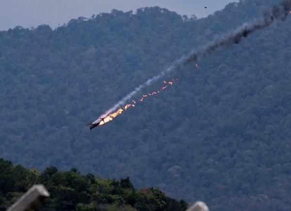 Hai máy bay Indonesia đâm nhau tại triển lãm LIMA ở Malaysia ảnh 2