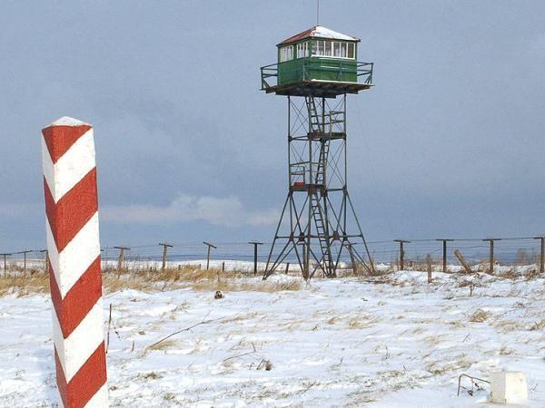 Một tháp canh cũ trên tuyến biên giới Nga-Ba Lan