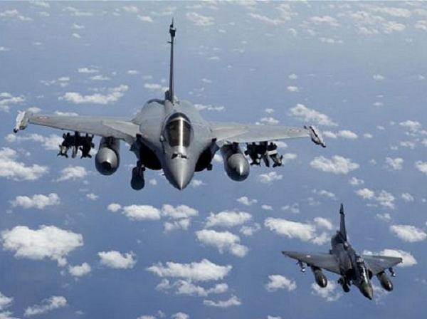 Ấn Độ chính thức đặt mua 36 máy bay Rafale của Pháp ảnh 1