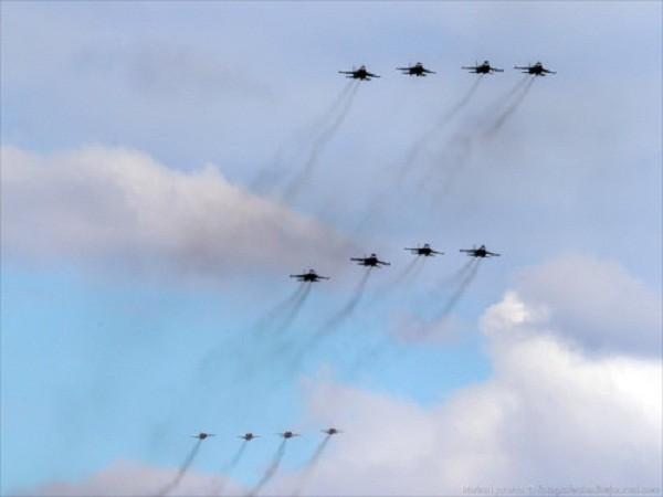 Rợp trời máy bay trên tại Quảng trưởng Đỏ của Nga ảnh 7