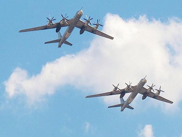 Máy bay ném bom Tu-95 của Nga