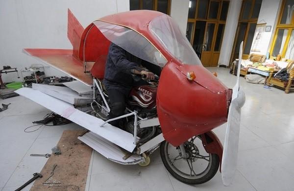 Trực thăng, tàu ngầm, siêu xe phong cách Trung Quốc ảnh 4