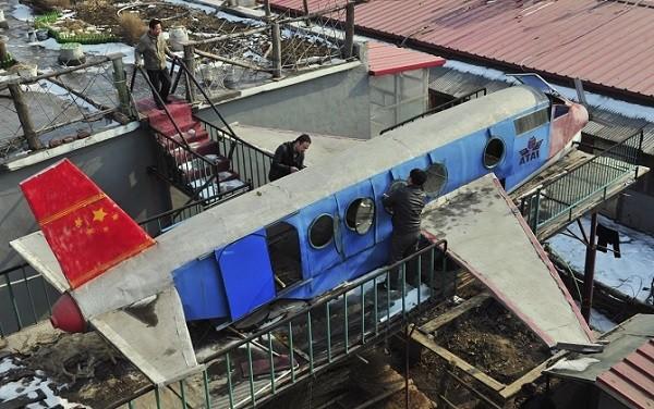 Trực thăng, tàu ngầm, siêu xe phong cách Trung Quốc ảnh 7