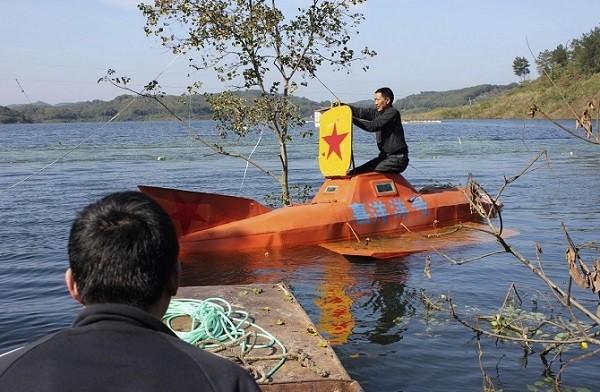 Trực thăng, tàu ngầm, siêu xe phong cách Trung Quốc ảnh 1
