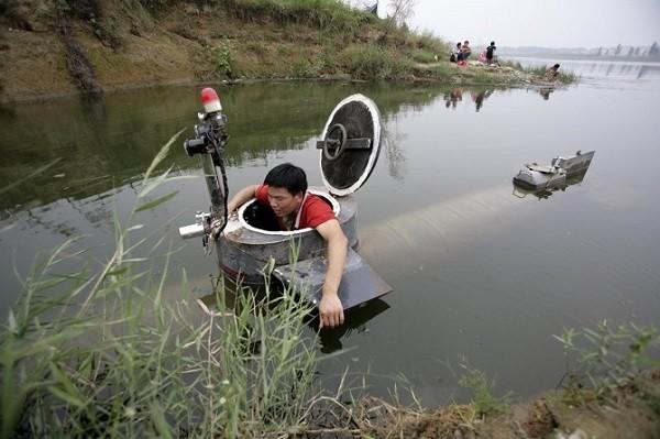 Trực thăng, tàu ngầm, siêu xe phong cách Trung Quốc ảnh 12