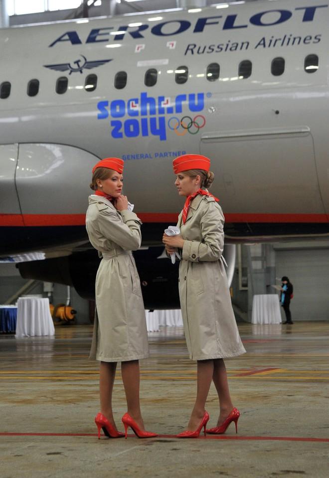 Trong nỗ lực xây dựng hình ảnh mới về một hãng hàng không an toàn và đáng tin cậy, Aeroflot đã bắt đầu thuê các công ty Anh tư vấn trong lĩnh vực thương hiệu vào đầu những năm 2000.