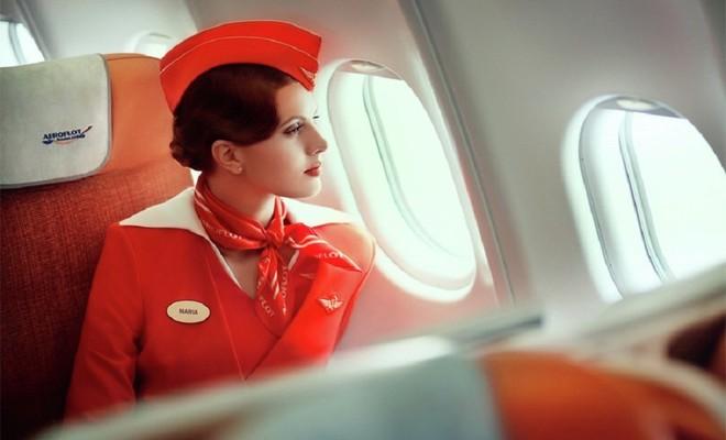 Một màu sơn và đồng phục bay mới cho nhân viên được thiết kế và một chiến dịch quảng bá được tung ra năm 2003, đợt tiếp theo tiếp tục được triển khai vào năm 2010 với thiết ké được đánh giá là thanh lịch nhất thế giới.