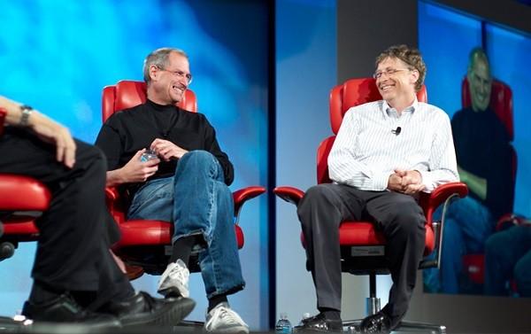 Bill Gates có tầm nhìn xa hơn Steve Jobs 20 năm?