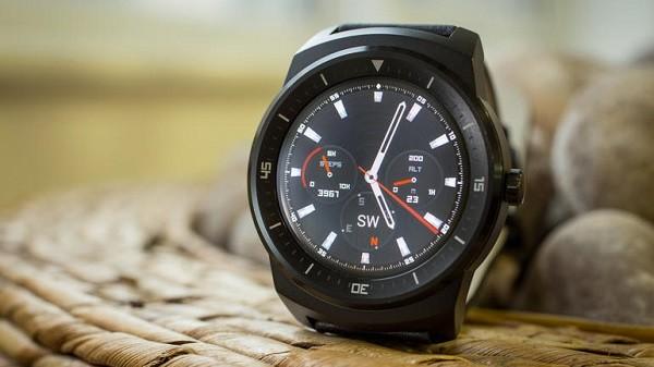 Đồng hồ thông minh LG G Watch R hạ giá chỉ còn 99 USD