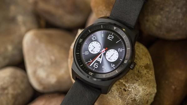 Đồng hồ thông minh LG G Watch R hạ giá chỉ còn 99 USD ảnh 2