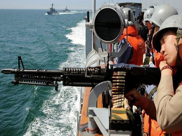 Lính Hàn Quốc tham gia một cuộc diễn tập hải quân