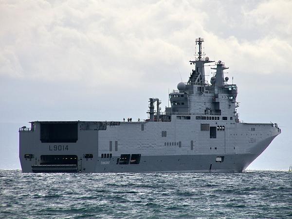 Mỹ đã ép Pháp không bàn giao tàu sân bay lớp Mistral cho Nga?