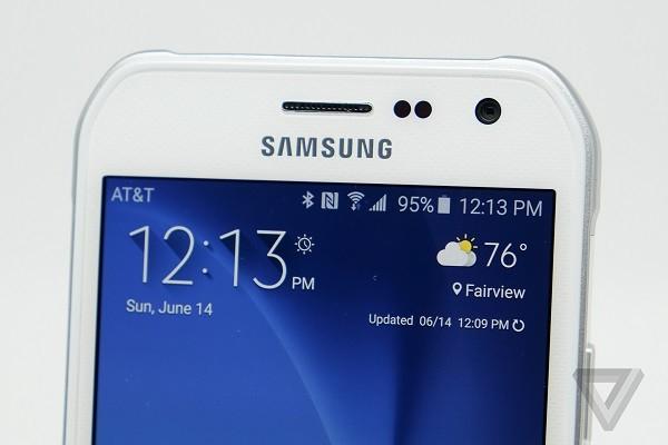 6 lý do bạn nên mua Samsung Galaxy S6 Active thay vì Galaxy S6 ảnh 2