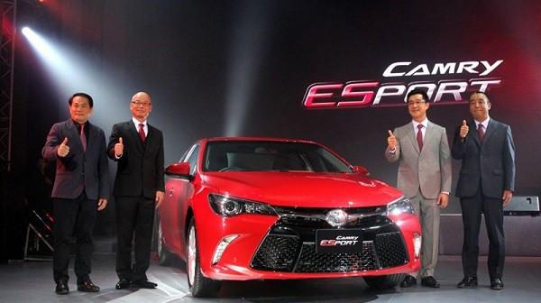 Toyota Camry mang dáng dấp thể thao ảnh 1