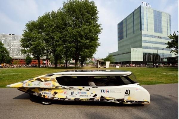 Stella Lux EV - giải pháp tiết kiệm xăng ảnh 4