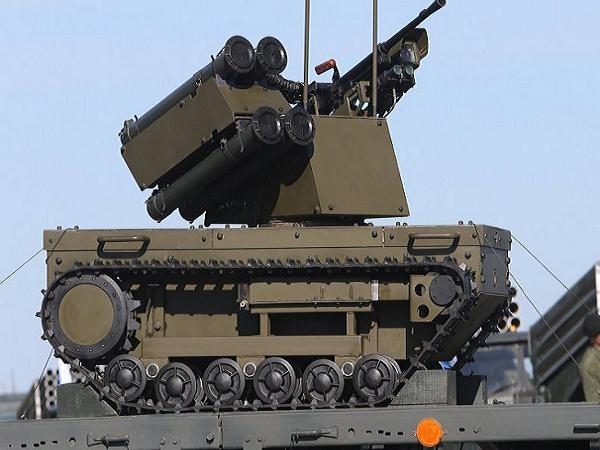 Robot trinh sát Platform-M được Nga công bố trong Lễ duyệt binh Ngày chiến thắng hồi tháng 5