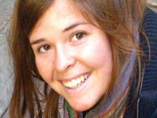 Nữ nhân viên cứu trợ người Mỹ tại Syria vừa bị IS sát hại ảnh 2