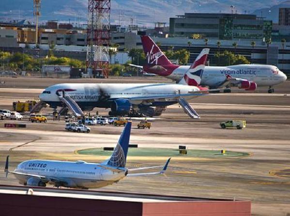 Chiếc máy bay Boeing 777 của Anh sau vụ cháy tại Las Vegas, Mỹ