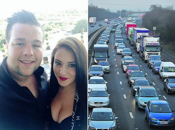 Michael Owen và bạn gái Jemma, bên cạnh là con đường cao tốc M4