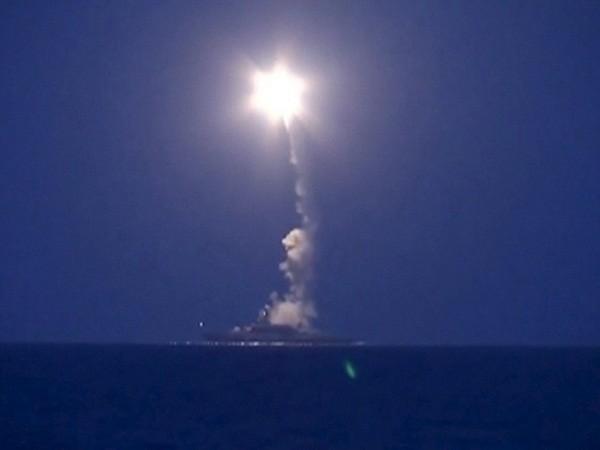 Tàu chiến Nga phóng tên lửa hành trình từ Hạm đội Caspian tấn công IS ở Syria