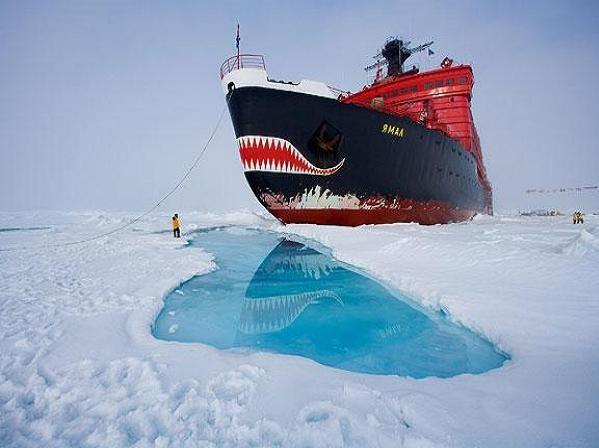 Tàu phá băng hạt nhân lớp Yamal của Nga hoạt động tại Bắc Cực