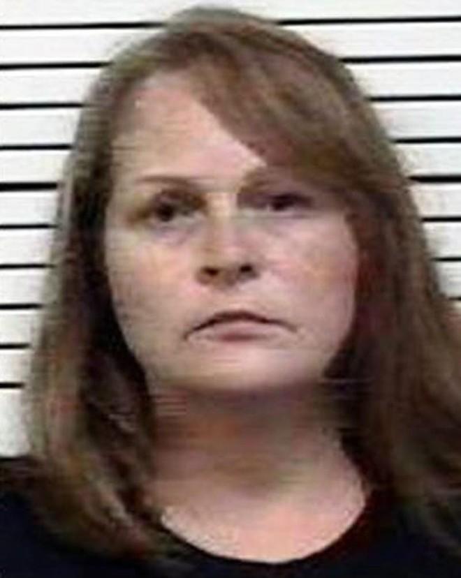 Chân dung bà mẹ chồng độc ác Sandra Hill Treadway