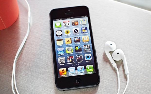 Nga: Samsung cho đổi iPhone cũ lấy Galaxy