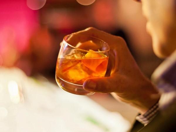 Mẹ đi tù vì cho con trai nhỏ uống rượu Whiskey ảnh 1