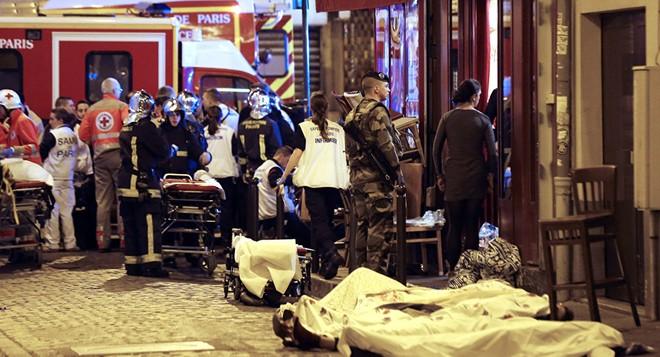Hiện trường vụ thảm sát ở khu vực nội thành Paris