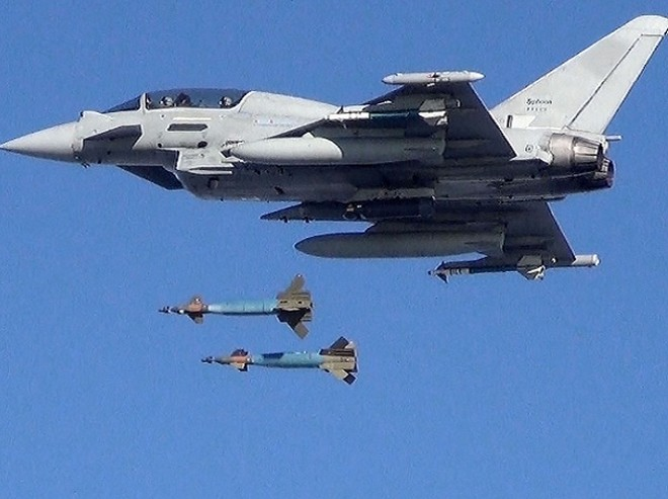 Chiến đấu cơ Typhoon của Anh
