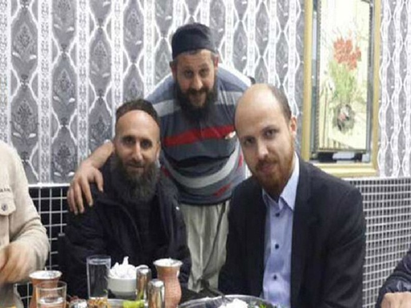 Ông Bilal Erdogan bị nghi giữ tiệc cùng IS