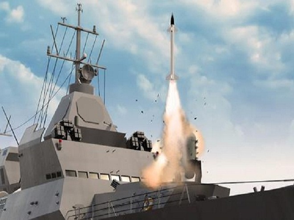 Tên lửa phòng không Barak 8 được phóng thử từ một chiếc tàu chiến