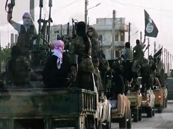 IS kiểm soát gắt gao, ngăn chặn người dân Syria bỏ trốn ảnh 1