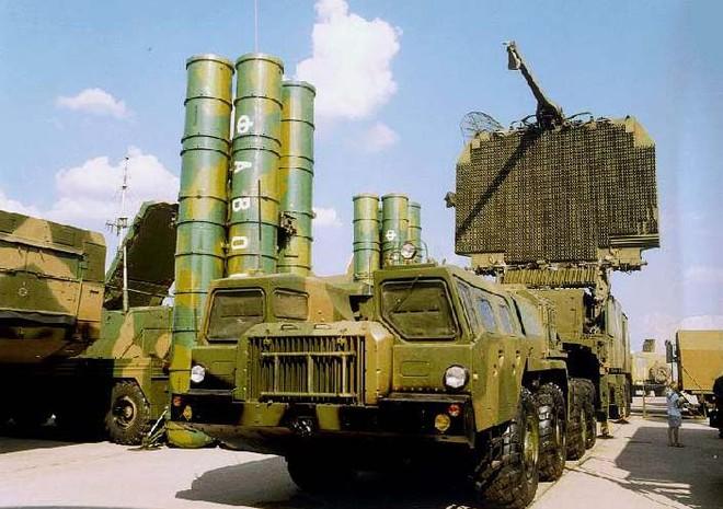 Hệ thống tên lửa phòng không tầm cao, tầm xa S-300 của Nga