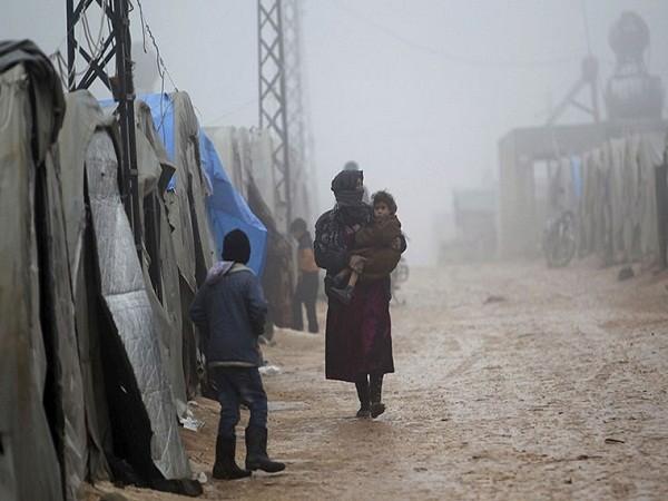 Người dân Syria khốn cùng trong đói khát, chết chóc, thời tiết khắc nghiệt ảnh 9