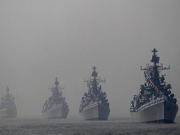 Tàu chiến của hải quân Ấn Độ tham gia một cuộc diễn tập