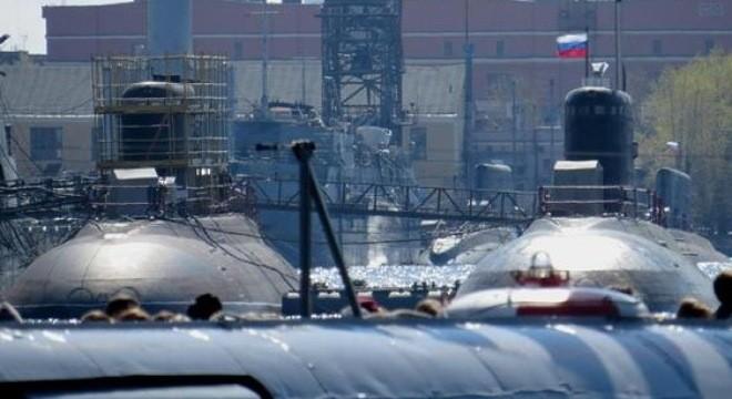 Nhà máy Admiralty đóng song song cả 6 tàu cho Việt Nam và 6 tàu cho Hạm đội Biển Đen