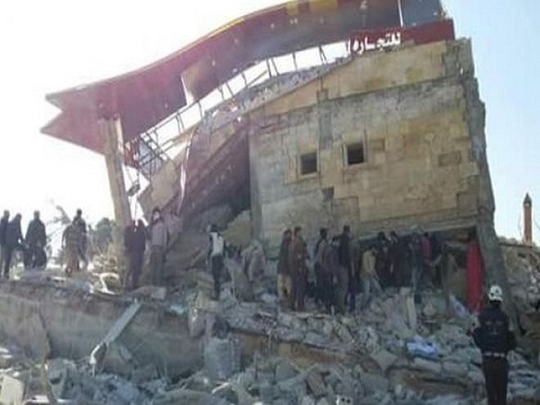Bệnh viện tạm của Tổ chức bác sĩ Không biên giới ở Syria đã bị phá hủy trong một đợt không kích.