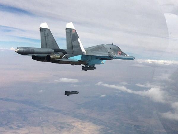 Máy bay chiến đấu Su-34 của Nga tham gia tấn công IS tại Syria
