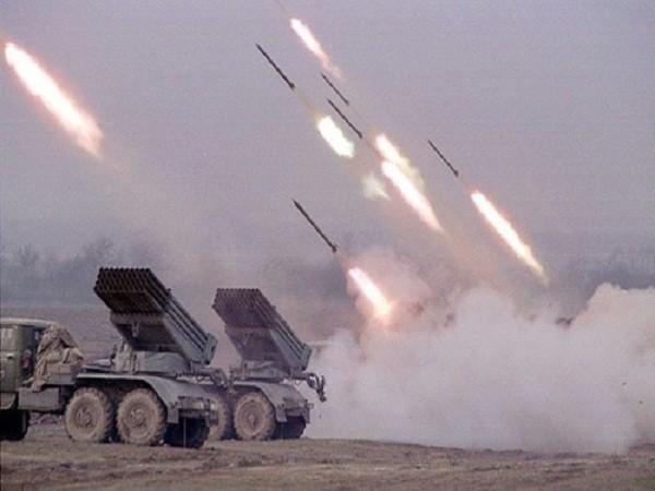Trong vòng 20 giây, BM-21 có thể phóng cùng lúc 40 quả đạn 122mm lên bầu trời.